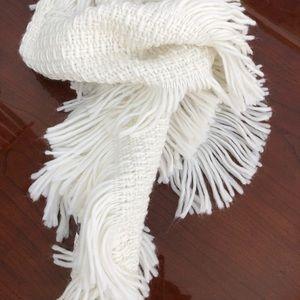 Echo 100% acrylic white neck scarf